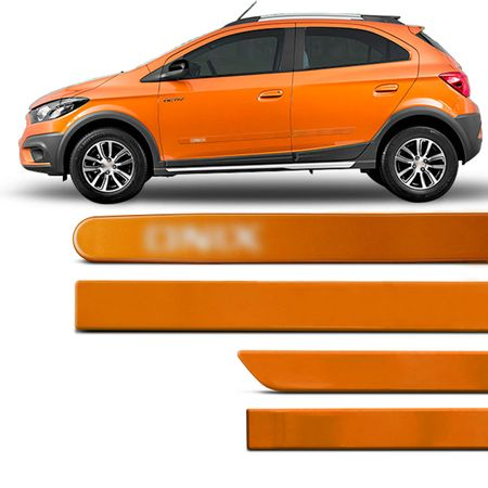 jogo-de-friso-lateral-redondo-onix-2012-a-2019-laranja-burning-com-grafia-tipo-borrachao-connectparts---1-