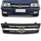 Grade-Monza-88-89-90-Preta-Friso-Cromada-Central-e-Emblema-connectparts-1-